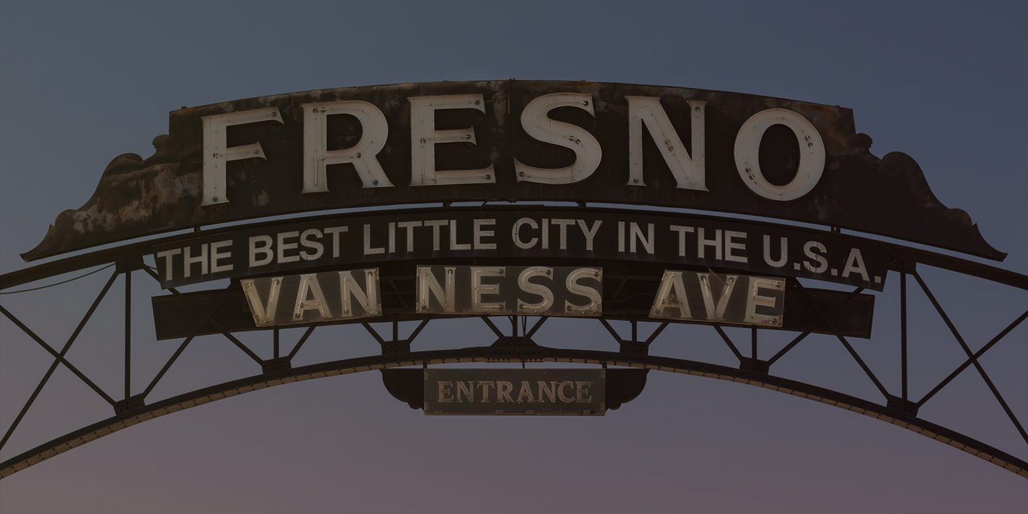 TOP FRESNO ATTRACTIONS AND PREMIER RETAILERS ARE JUST MINUTES AWAY
