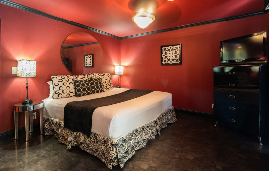 San Joaquin Hotel SureStay Collection by Best Western - King Bed