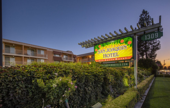 San Joaquin Hotel SureStay Collection by Best Western - Stay at the San Joaquin Hotel SureStay Collection by Best Western